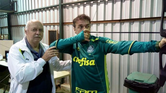 Cuca tiro com arco Palmeiras (Foto: Divulgação / Palmeiras)