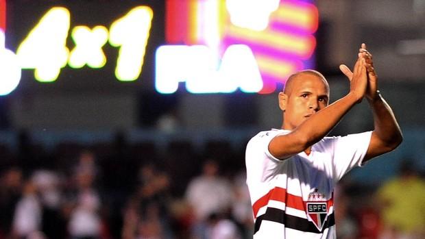 Luis Fabiano São Paulo Flamengo (Foto: Marcos Ribolli / Globoesporte.com)