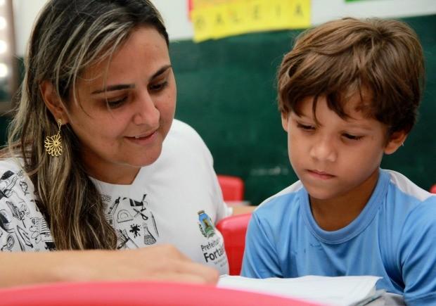 Edital disponibiliza 400 vagas para assistente de educação infantil em Fortaleza (Foto: Prefeitura de Fortaleza/Divulgação)