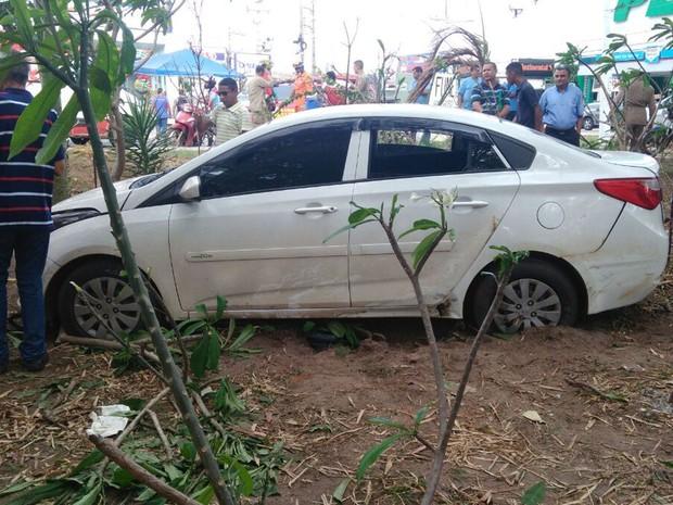 Motorista do veículo vinha do sentido do bairro Renascença para o bairro Cohama em São Luís (Foto: João Ricardo/G1)