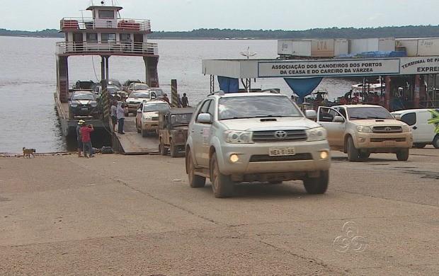 Comissão percorre BR-139 para avaliar condições do estrada (Foto: Amazonas TV)