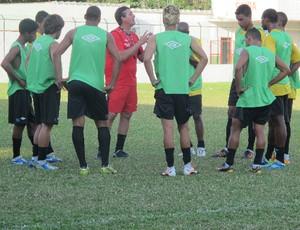 Cristiano Troisi treino Portuguesa Santista Briosa técnico (Foto: Bruno Gutierrez)