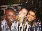 Preta Gil janta com Thiaguinho e Fernanda Souza