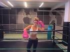 Monique Alfradique mostra boa forma após treino: 'Vai encarar?'