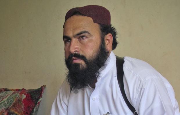 O líder talibã Wali-ur-Rehman em Shawal em 28 de julho de 2011 (Foto: AFP)