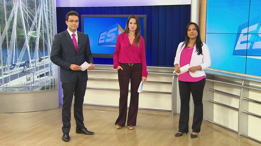 Philipe Lemos, Rafaela Marquezini e Poliana Alvarenga no clima do Outubro Rosa (Foto: (Divulgação/ TV Gazeta))