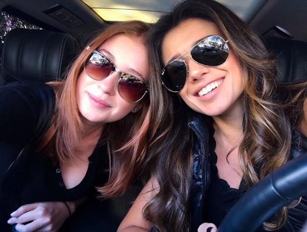 Paula Fernandes e Marina Ruy Barbosa (Foto: Reprodução)