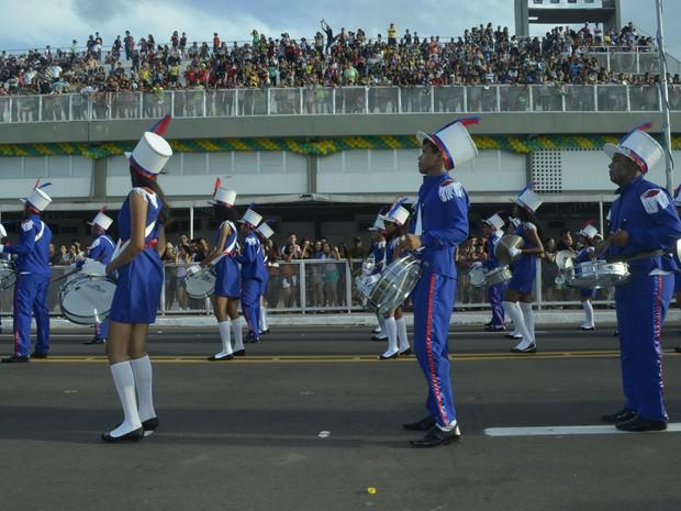 Cada pelotão foi acompanhado por uma banda marcial no desfile de 13 de setembro (Foto: Abinoan Santiago/G1)