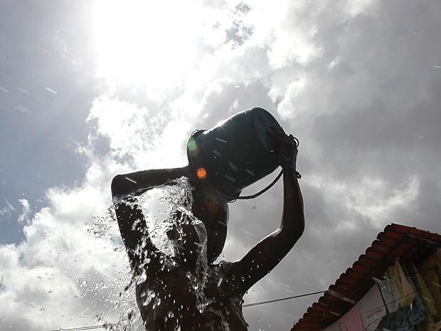 Para evitar problemas, é preciso estar atento a dicas da OMS (Foto: Biaman Prado / O Estado)
