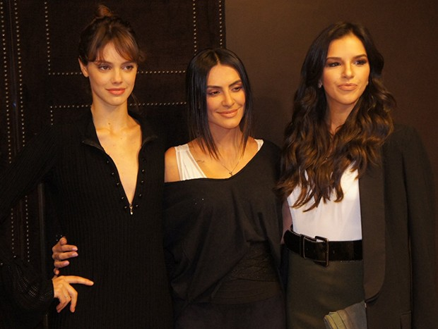 Laura Neiva, Cleo Pires e Mariana Rios (Foto: Agnews)