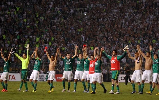 jogadores Palmeiras x Libertad (Foto: Reuters)