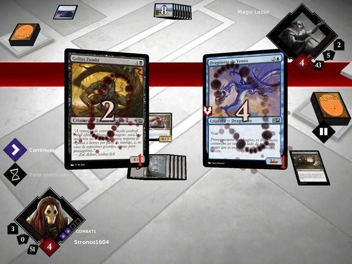 """Durante a fase """"Combate"""", as cartas de criatura se posicionarão no centro do tabuleiro, indicando o alvo de seus golpes (Foto: Reprodução/Daniel Ribeiro)"""