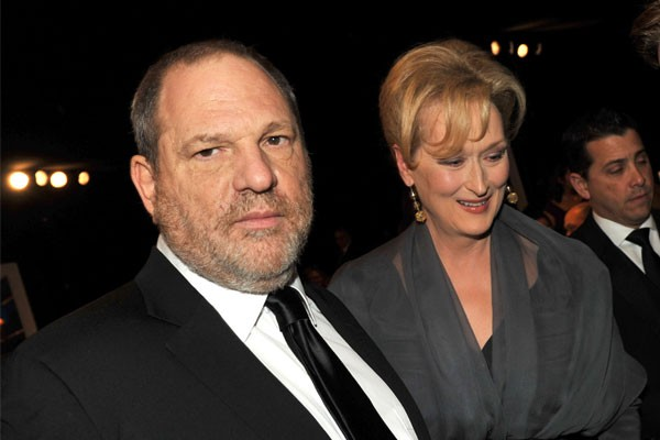 Meryl Streep posa ao lado do megaprodutor Harvey Weinstein (Foto: getty)