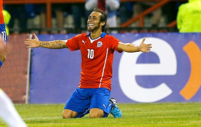 Valdivia - amistoso Chile  (Foto: Reuters)