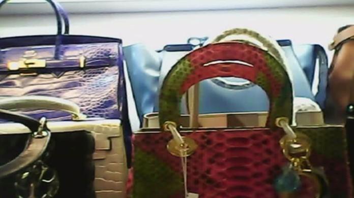 85a4f6e61 G1 - 19 lojas da Paulista vendem bolsas piratas por até R$ 3 mil, diz  relatório - notícias em São Paulo