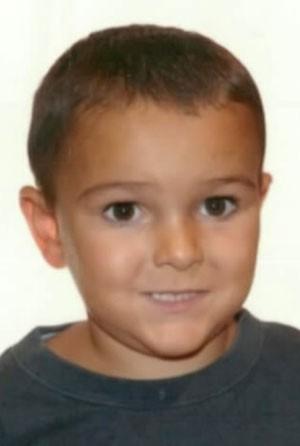 Os pais de Ashya King tiraram o menino de um hospital no sul da Inglaterra (Foto: Hampshire Police/AFP)