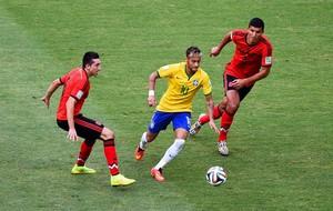 Neymar, Hector Herrera e Francisco Javier Rodriguez Brasil x México (Foto: Getty Images)