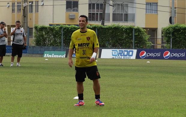 gilsinho sport (Foto: Elton de Castro / GloboEsporte.com)