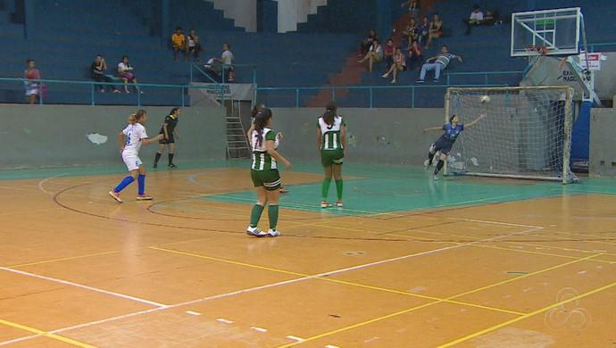 Segunda rodada do Campeonato Amapaense de Futsal Feminino Sub-17encerra com 15 gols (Foto: Reprodução/Rede Amazônica no Amapá)