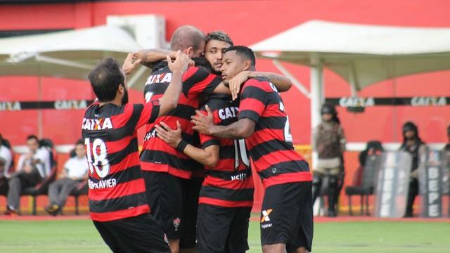 5f1b0db555 Vitória x Atlético-MG - Campeonato Brasileiro 2017-2017 ...