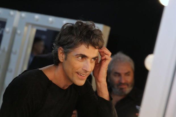 Reynaldo Gianecchini no no Backstage da TNG  (Foto: Alex Palarea / AgNews)
