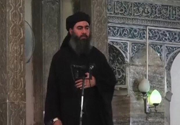 O líder do Estado Islâmico Abu Bakr al-Baghdadi (Foto: Reprodução/YouTube)