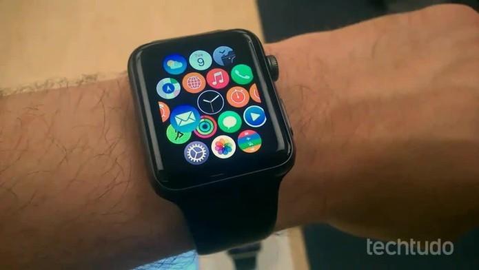 Apple Watch deve chegar no Brasil em julho, com preços de até R$ 98 mil (Foto: Elson de Souza/TechTudo) (Foto: Apple Watch deve chegar no Brasil em julho, com preços de até R$ 98 mil (Foto: Elson de Souza/TechTudo))