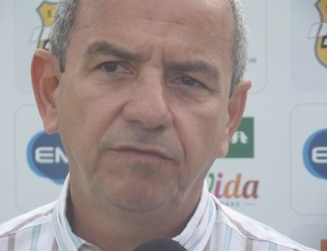 Roberto Vital, médico do ABC (Foto: Matheus Magalhães/Globoesporte.com)