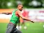 Inter acerta renovação de contrato com zagueiro Alan Costa até 2018