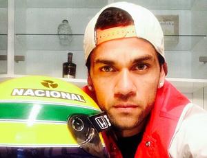 Daniel Alves relembra de Ayrton na web (Foto: Reprodução / Instagram)