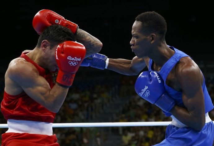 Lorenzo Sotomayor boxe azerbaijão (Foto: Reuters)