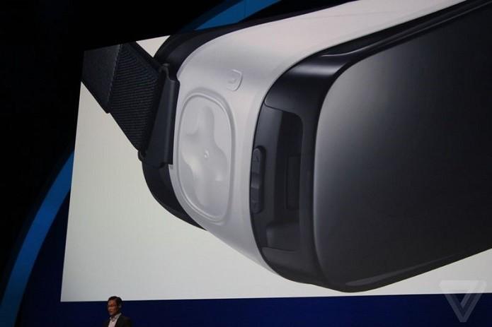Detalhes do trackpad do novo Samsung Gear VR (Foto: Reprodução/The Verge)