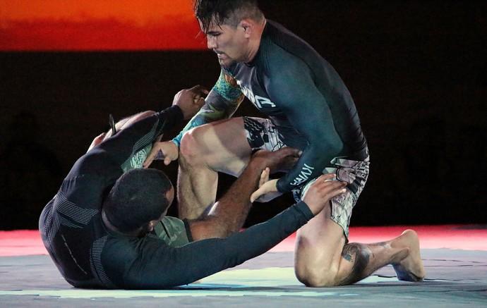 Ronys Torres vs João Wanderley Gladiator Fight 3 (Foto: Emanuel Mendes Siqueira)