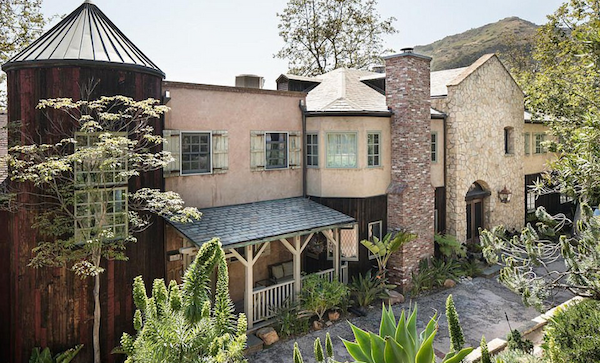 A casa colocada à venda pelo ator Mel Gibson (Foto: Divulgação)