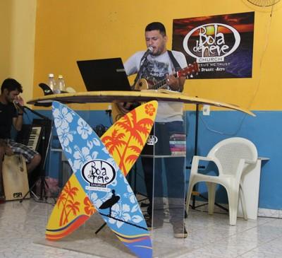 Urifran Marques, que é pastor na igreja Bola de Neve e pratica o longboard (Foto: João Paulo Maia)