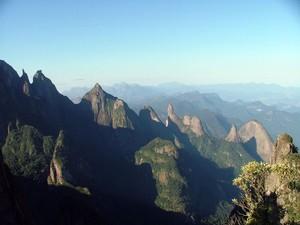 Vista da Serra dos Órgãos (Foto: Divulgação/Site Parnaso)