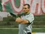 """Húngaro defende esquema tático e atribui melhora à """"postura"""" da equipe"""