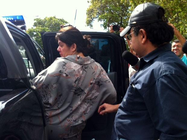 Carla e George evitaram falar com a imprensa nesta terça (Foto: Fernanda Zauli/G1)