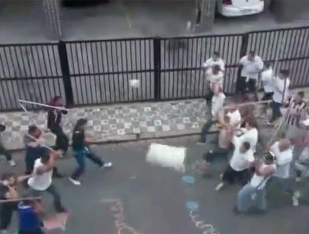 briga Corinthians e Santos (Foto: Reprodução)