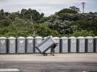 Lei obriga instalação de banheiros químicos adaptados em eventos