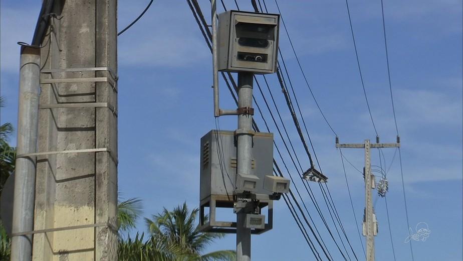 Fotossensor em Fortaleza aplica multa mesmo sem irregularidades, diz sindicato