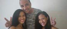 'Até agora não acredito, é muito incrível', diz pai de Leslie e Laurie (Teco Teixeira)