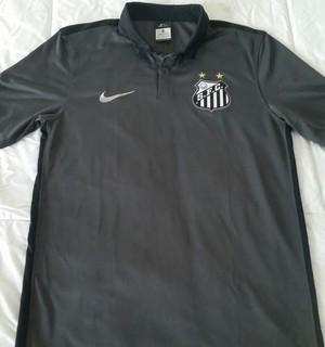 Camisa 3 do Santos que está pronta e em estoque (Foto: GloboEsporte.com)