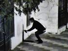 Estudante de geografia é flagrado pichando muro em Salto de Pirapora