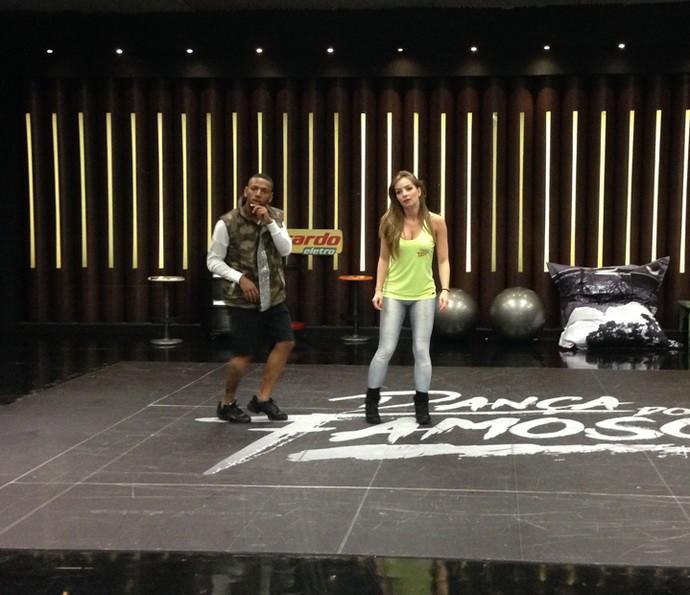 Dupla está caprichando na coreografia (Foto: Janaína Ornellas/Gshow)