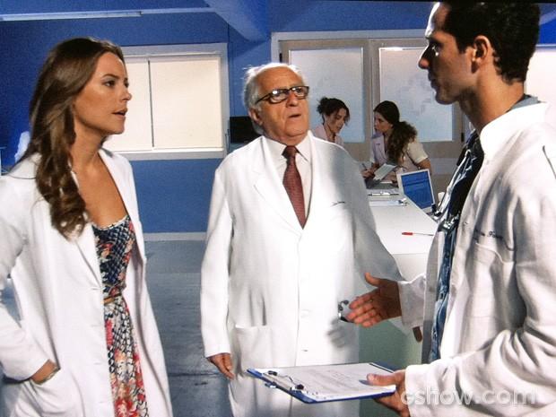 Paloma descobre a verdade em conversa com Pérsio (Foto: Amor à Vida/TV Globo)