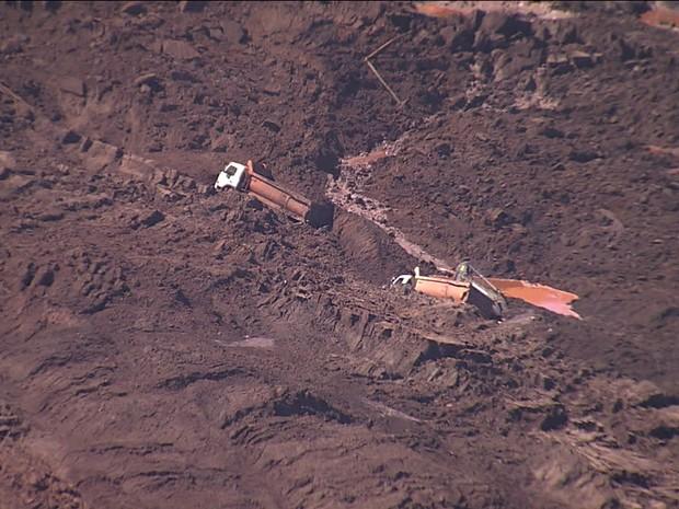 Operações para encontrar trabalhador soterrado em mina de Itabirito (MG) são retomadas - GNews (Foto: Reprodução/GloboNews)