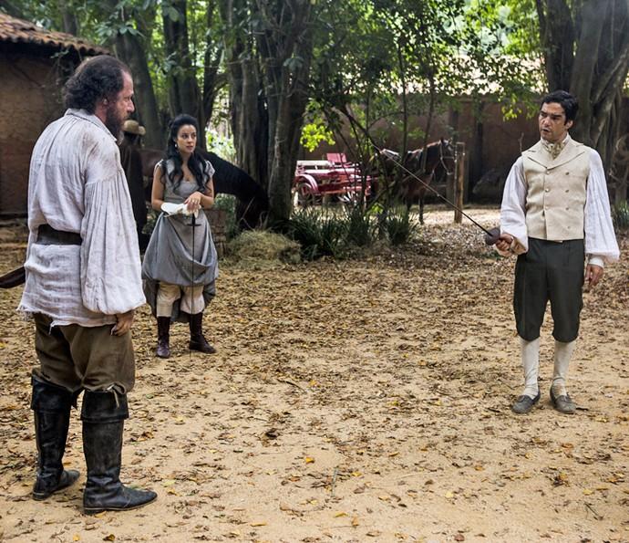 André assume o lugar de Joaquina e começa embate contra o feitor (Foto: Ellen Soares/Gshow)