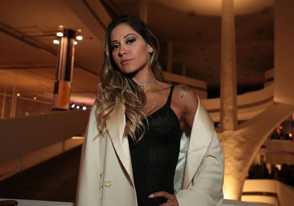 Mayra Cardi visita a São Paulo Fashion Week (Foto: Arthur Vahia/Glamour)