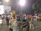Laíla, diretor de Carnaval da Beija-flor, faz ritual de proteção antes de desfile